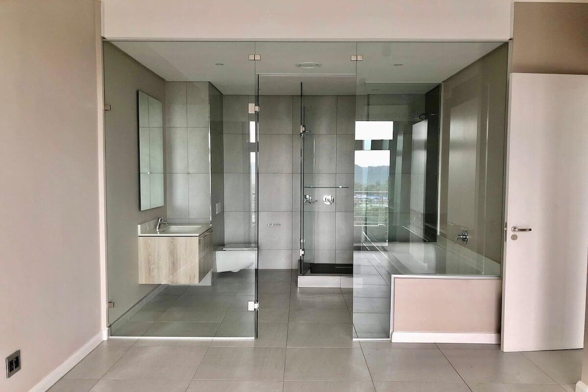 BPX House Builders Menlyn Maine Apartment Bathroom