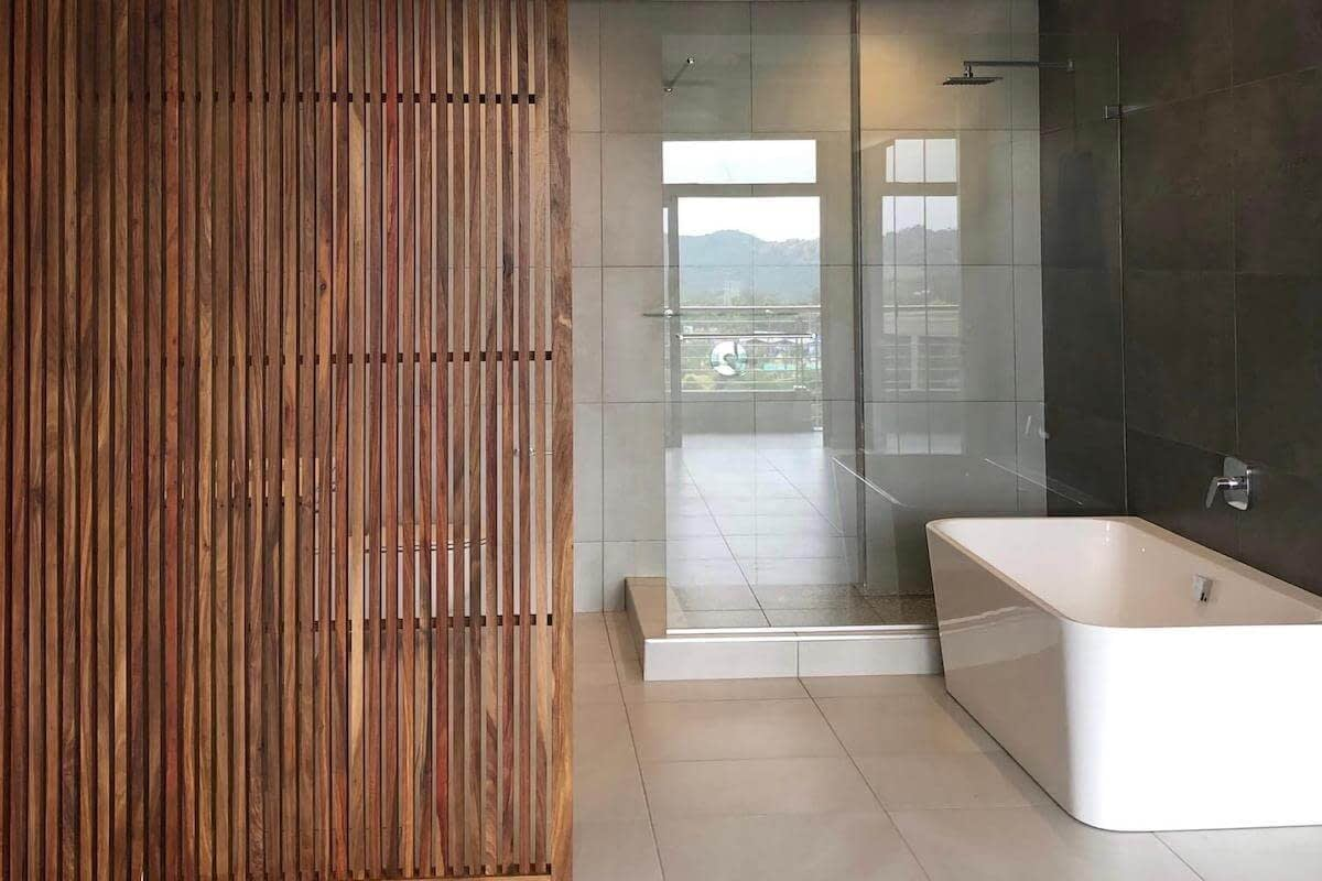 Menlyn Maine Apartment Finishes Bathroom 2